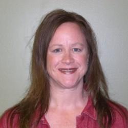 Lisa Schroeder headshot