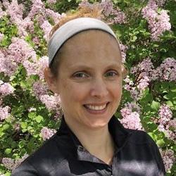 Rochelle McKenzie headshot
